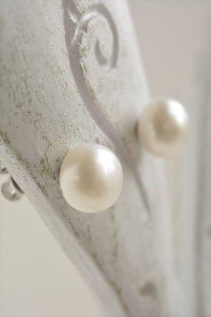 画像4: 【AAAクラス】6mm ドーム型小粒シンプルピアス&イヤリング ホワイト【ピアス入荷】